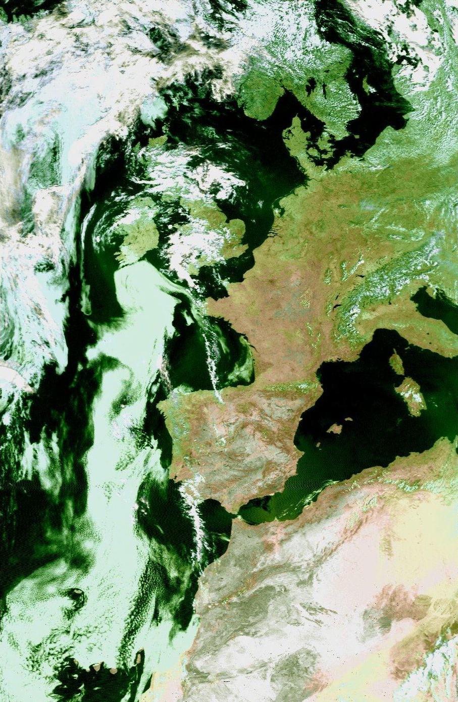 image satellite de l'Europe par la canicule, le 5 août 2003 météopassion